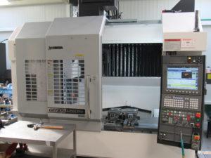 OKUMA M 560 R-V Metal Obad