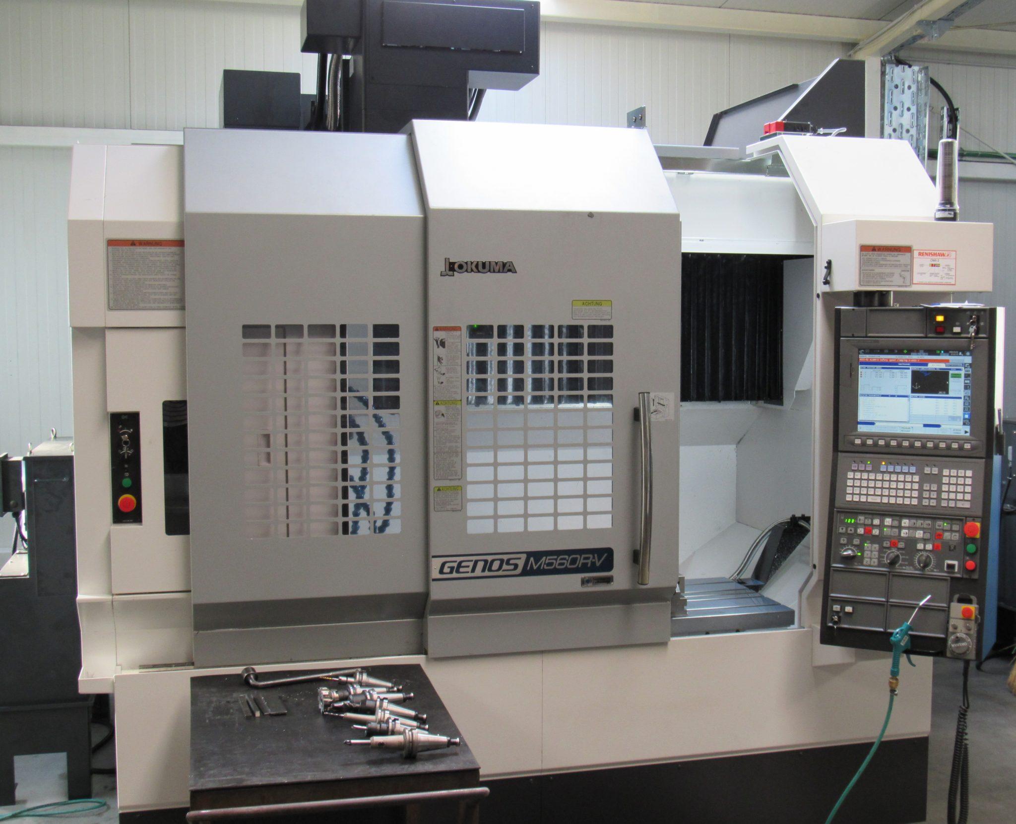 OKUMA M 560 R-V - Metal Obad